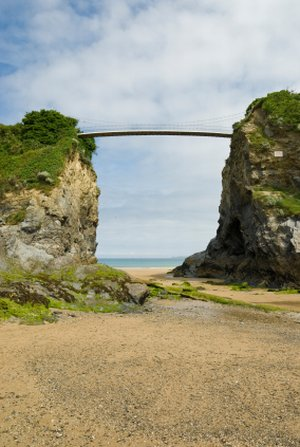 newquay beach bridge walking in Cornwall on UK Trekking Holiday Trails
