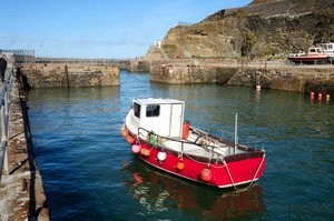 portreath walking information, north cornwall coast path, uk walking holidays