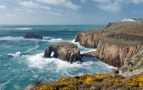 lands end walking holiday west cornwall coastal path walking holidays uk england long distance paths