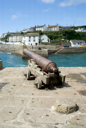 porthleven southwest coast path, activity holidays in cornwall, long distance footpaths uk