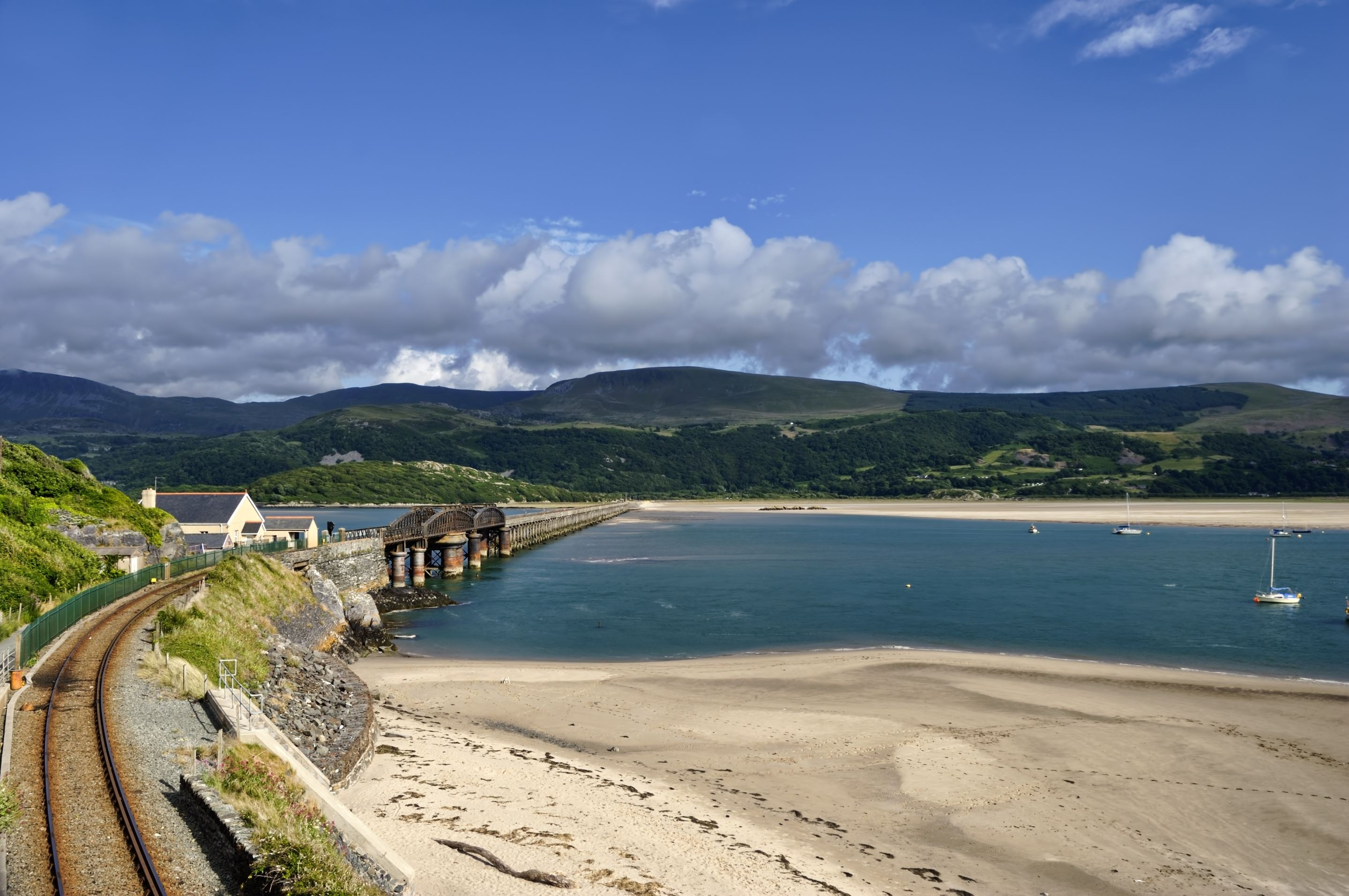 Barmouth Railway and foot bridge