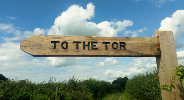 To the Tor Sign