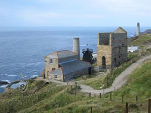 www.cornish-mining.org.uk Levant Mine Cornwall World Heritage Site Walk