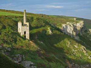 www.cornish-mining.org.uk Wheal Trewavas Lizard Walking Holidays UK