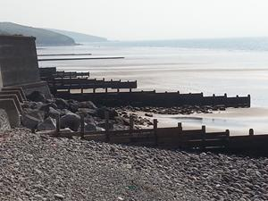 Amroth, Wales. Walking in Wales. Holidays and short breaks.