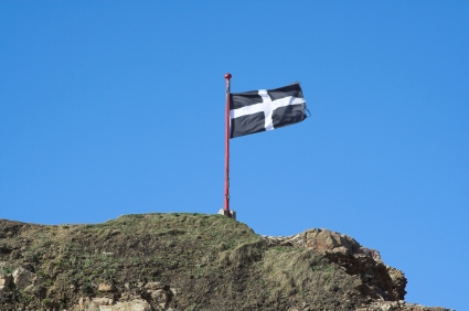 Cornish Flag Walking Trekking and Hiking Holidays on the Coastal Long Distance Footpath